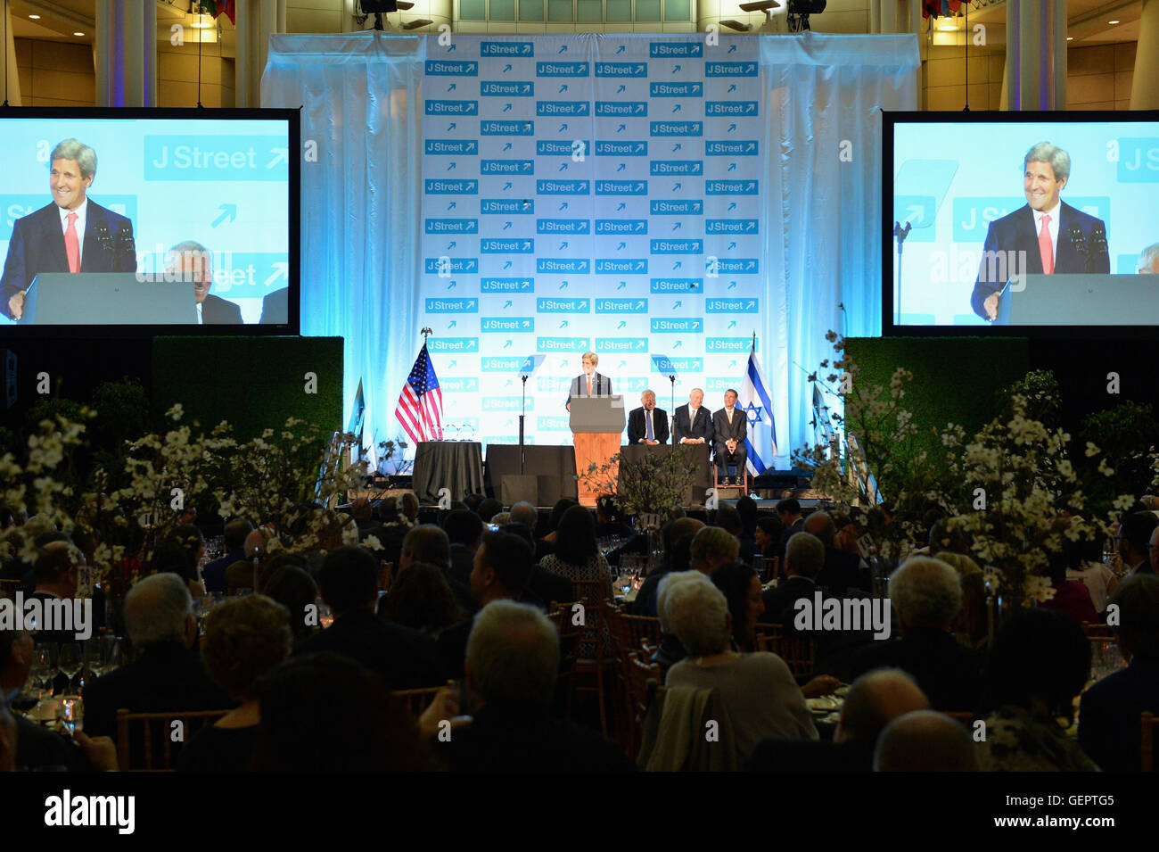 Secretary Kerry Delivers Remarks at the J Street 2016 National Gala in Washington - Stock Image