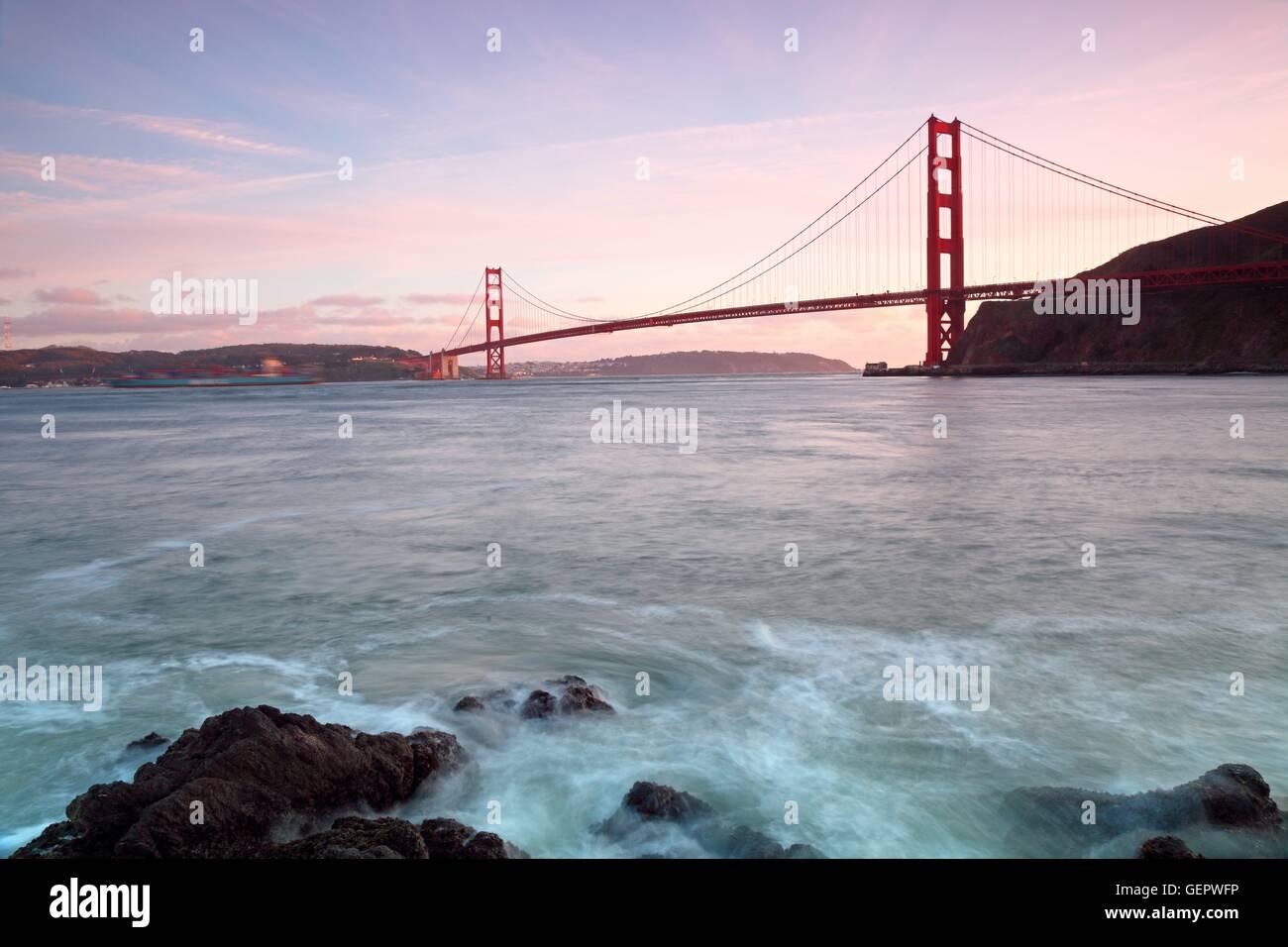 geography / travel, USA, California, Golden Gate Bridge, Fort Baker, sunset, San Francisco, - Stock Image