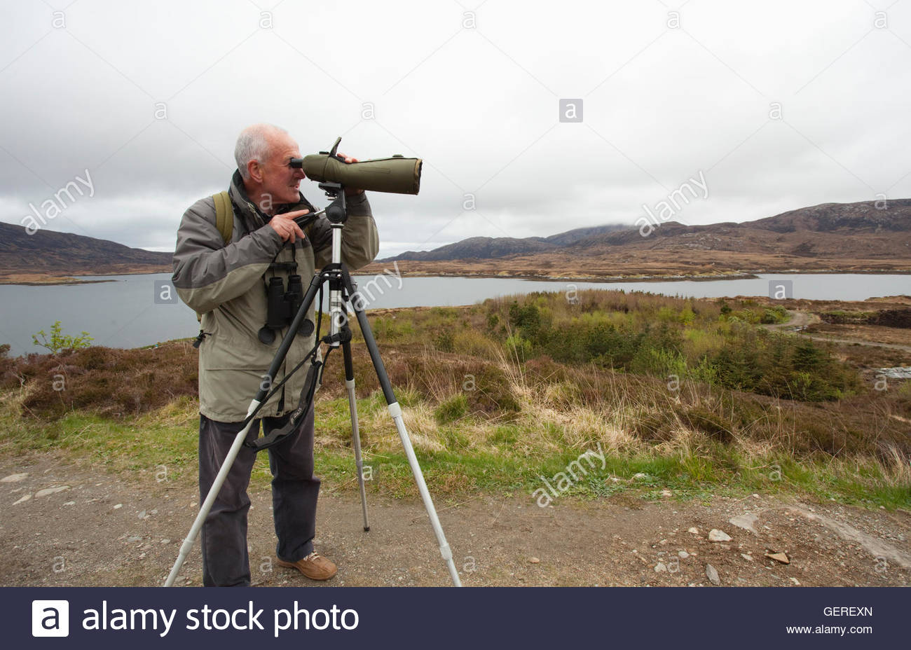 Wildlife watching at Loch Aineort, Isle of South Uist, Outer Hebrides, Scotland. - Stock Image