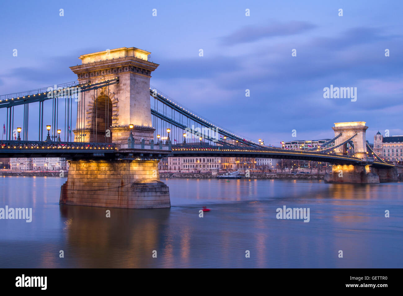 Chain Bridge in the blue hour in Budapest. - Stock Image