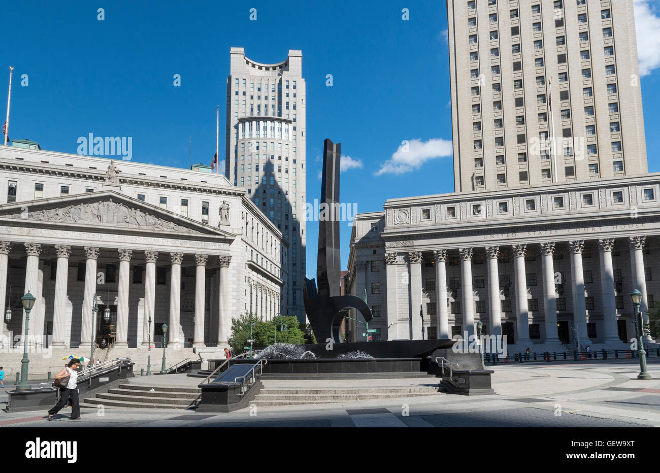 View of Foley Square, New York, with sculpture, Supreme Court Building, and United States Courthouse - Stock Image