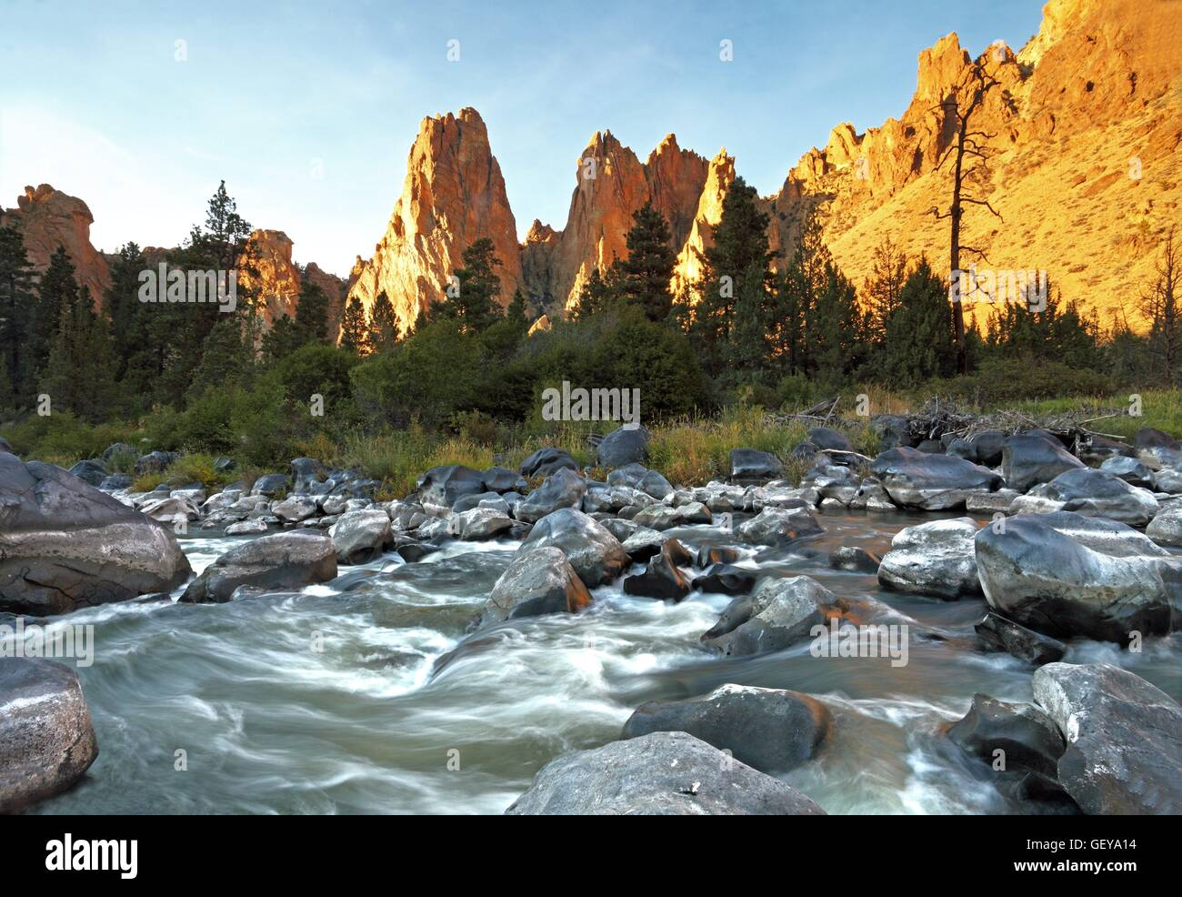 geography / travel, USA, Oregon, Crooked River, The Monument, Smith Rock State Park, Redford, - Stock Image