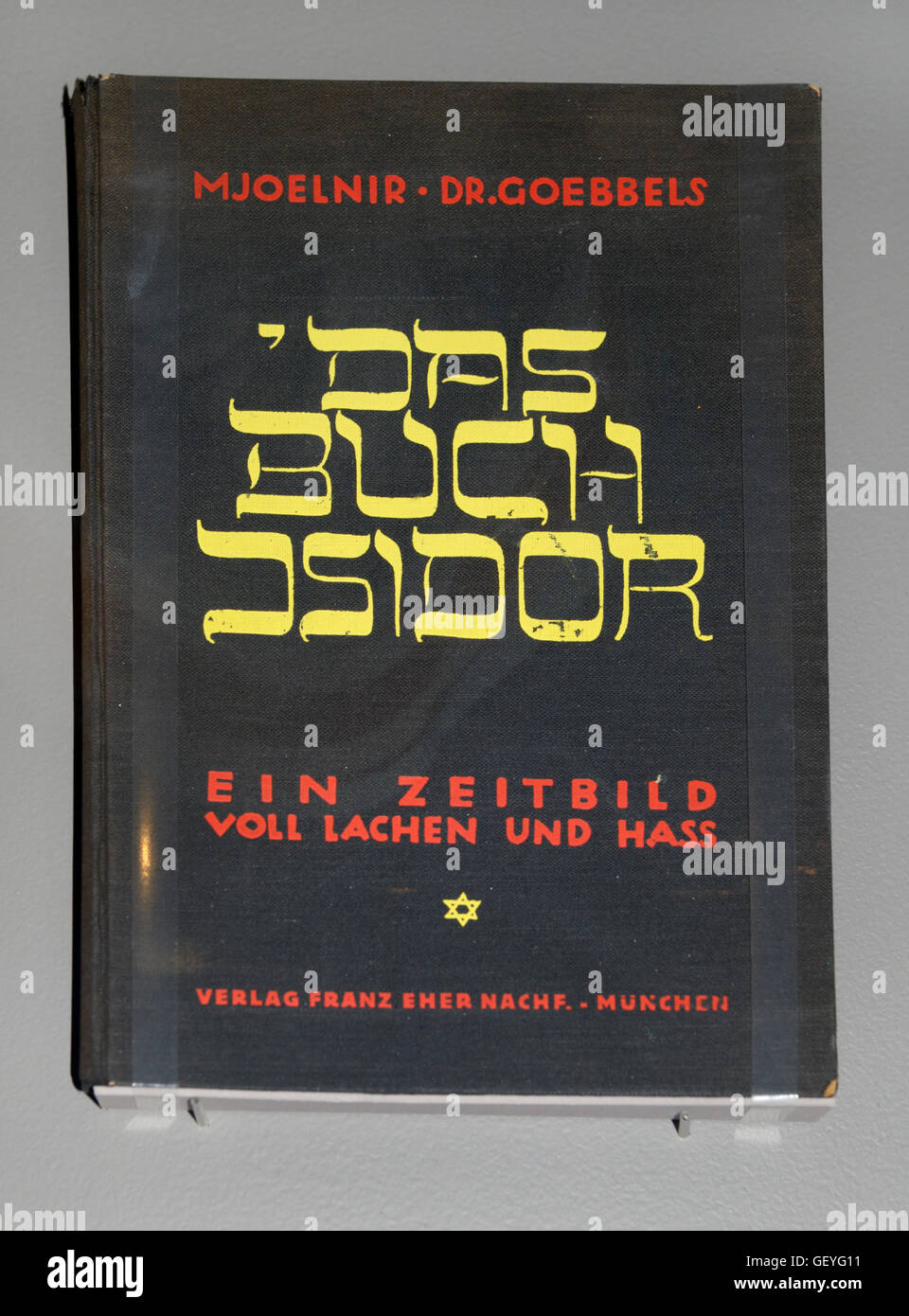 The Book of Isidor, Joseph Goebbels, 1929. An early anti-semitic attack by him on a Jewish leader in the Berlin - Stock Image