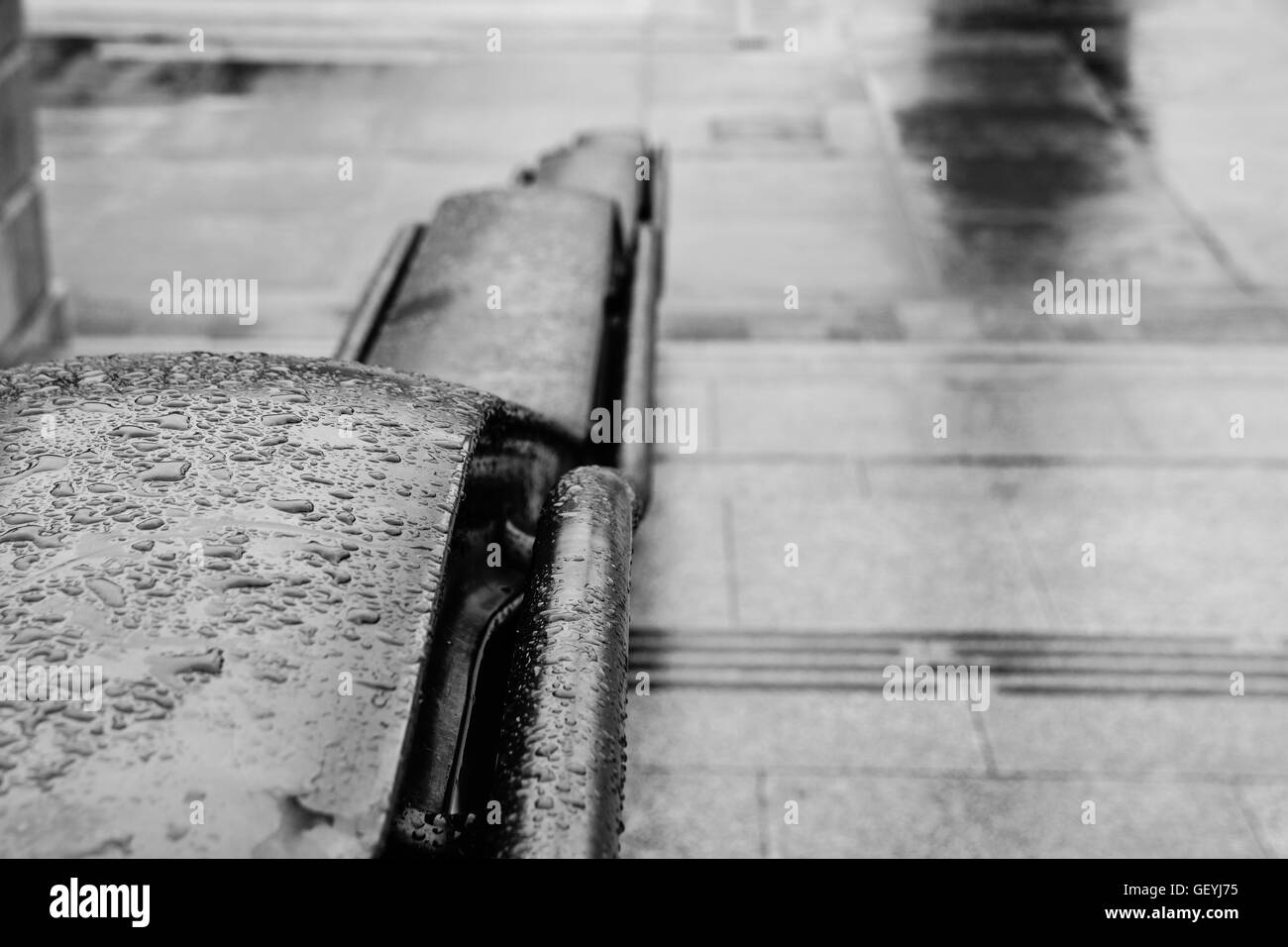 Close-Up Of Water drops On Trafalgar Square Railings - Stock Image