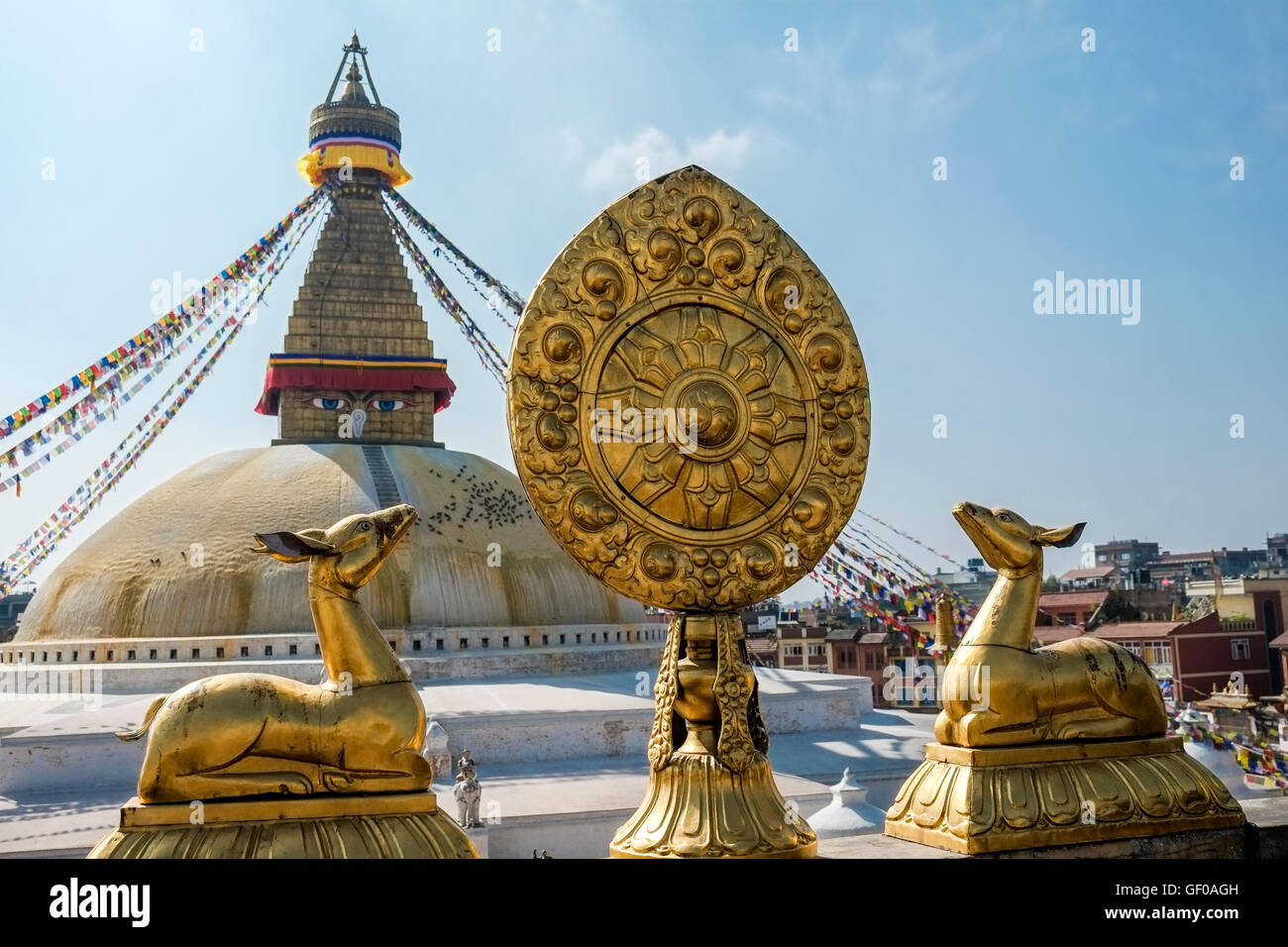 Statues and stupa in Boudhanath (also kn own as Bodnath) temple, Kathamandu area, Nepal. - Stock Image