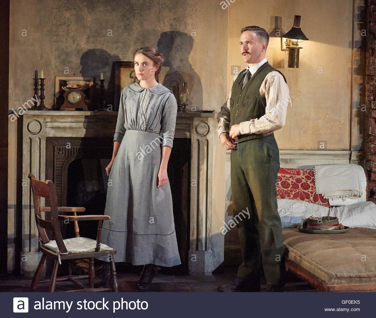 The Plough and The Stars by Sean O'Casey, directed by Howard Davies and Jeremy Herrin. With Judith Roddy as - Stock Image