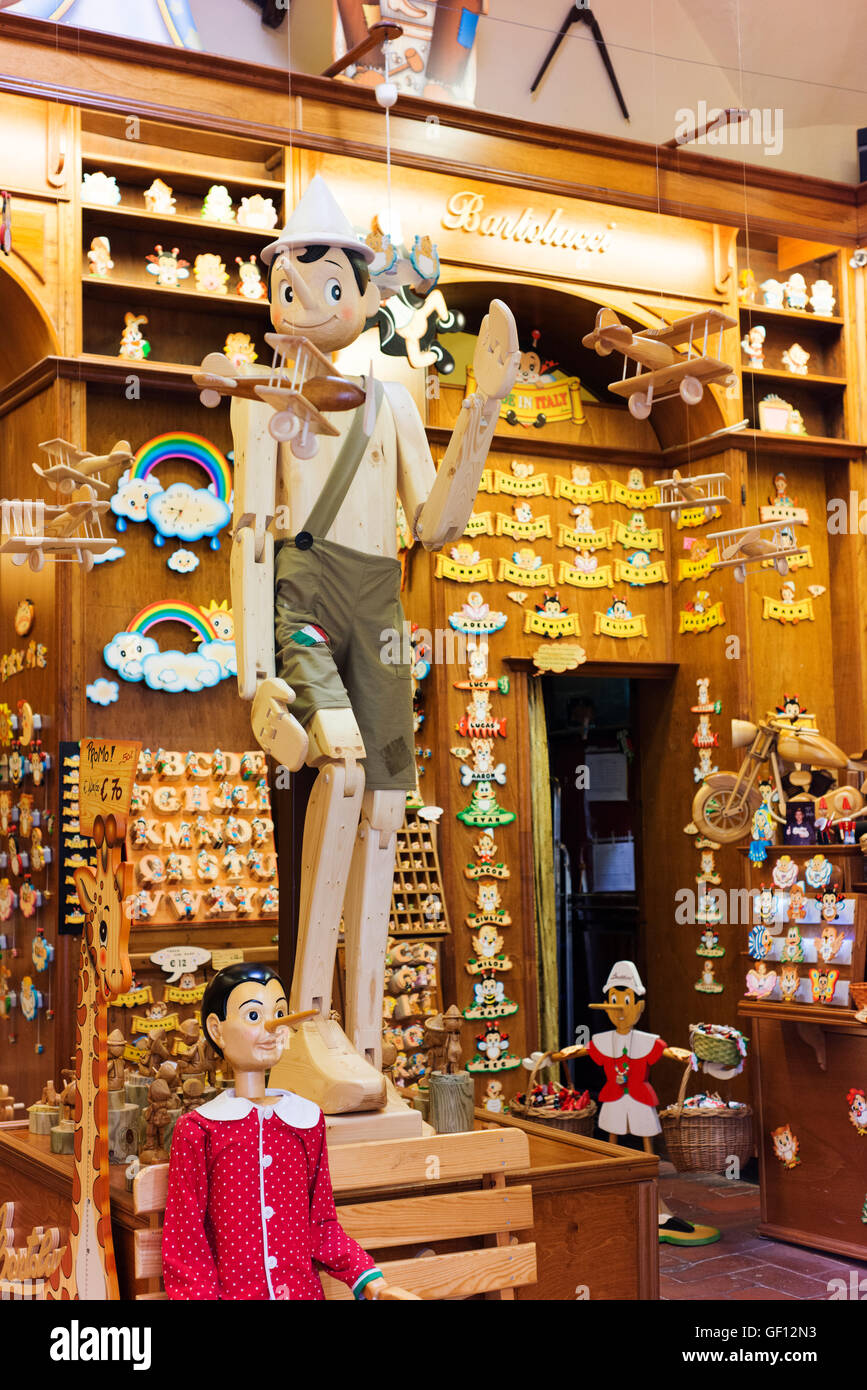 Shop dedicated to the fable of Pinocchio. - Stock Image