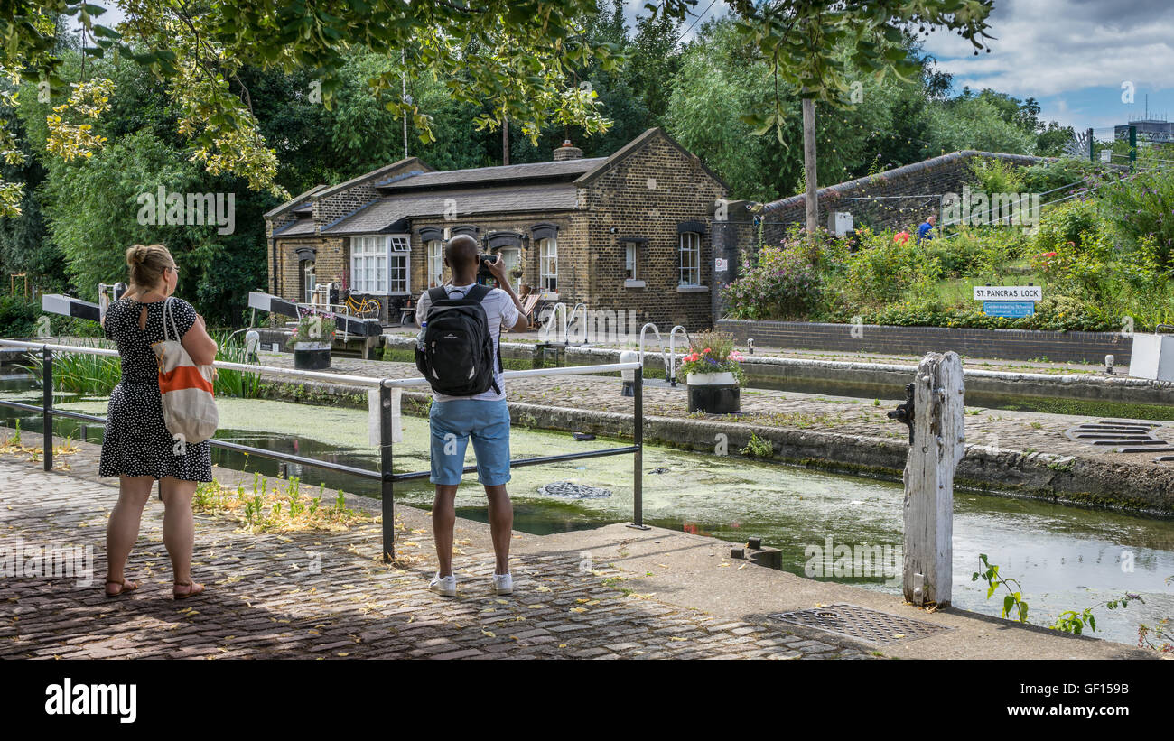 Walking the towpath - Stock Image