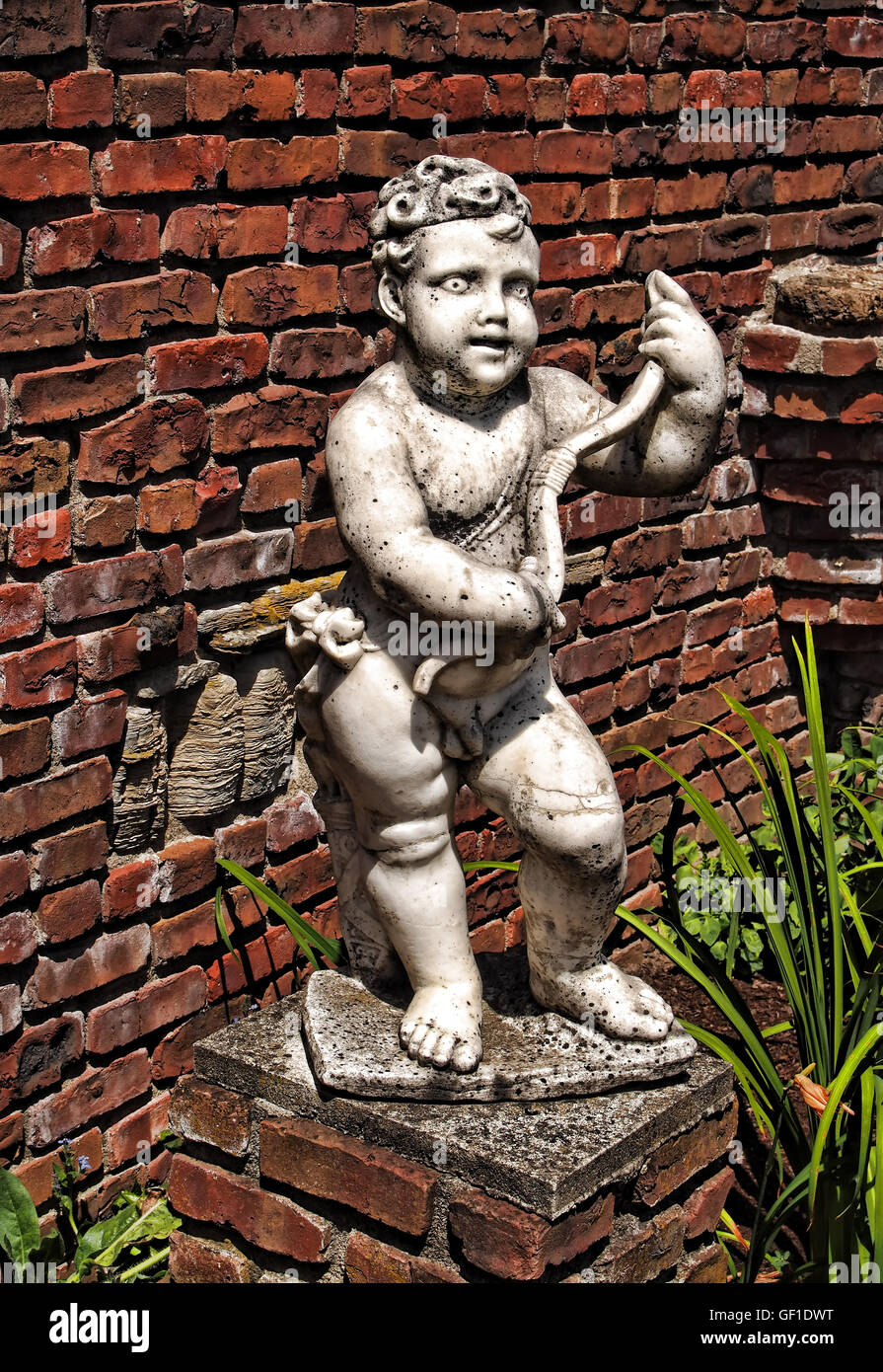 Cherub Garden Statues Garden Ftempo