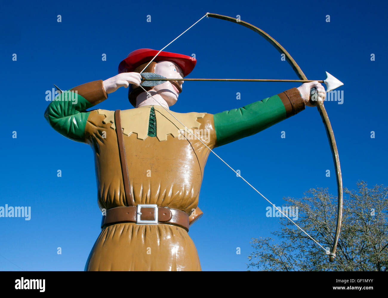 Robin Hood statue outside a restaurant in Hatch New Mexico - Stock Image
