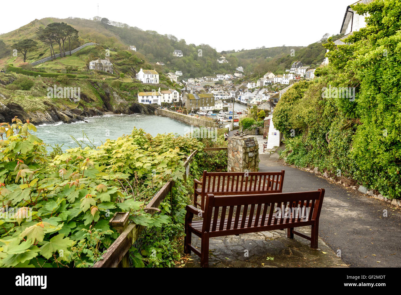 Polperro in Cornwall One of the most popular places in Cornwall, the village of Polperro is undoubtedly one of the - Stock Image