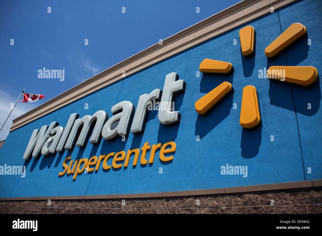 Kingston, Ontario, Canada. 20th June, 2016. Walmart Supercentre in ...