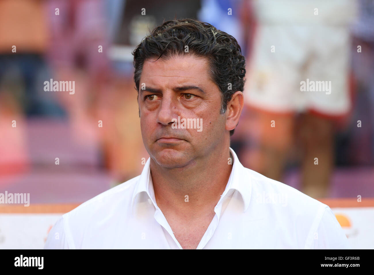 Lisbon, Portugal. 27th July, 2016. SL Benfica's head coach Rui Vitoria before the start of the game against Torino Stock Photo