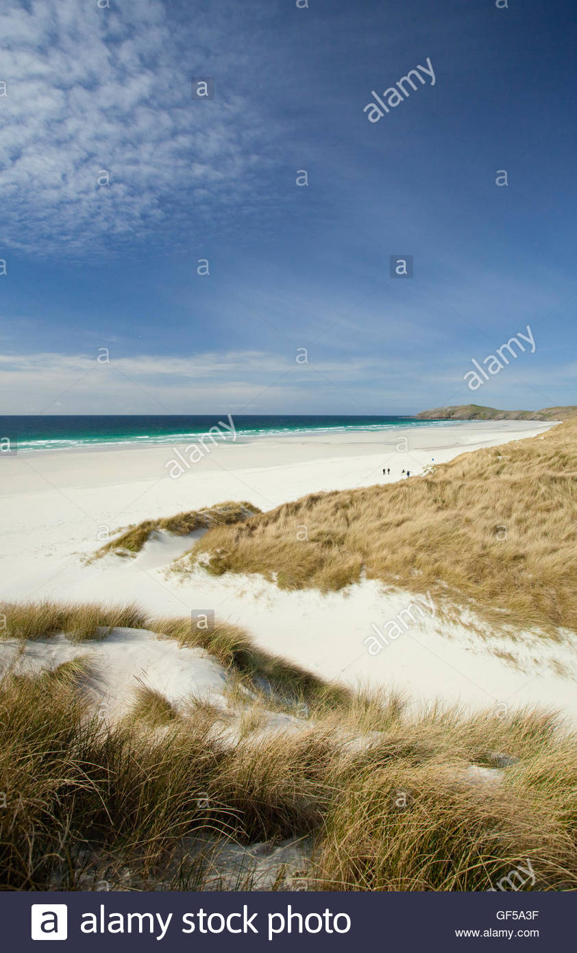 The pristine white sands of Traigh Eais beach on the Isle of Barra, Outer Hebrides, Scotland. - Stock Image
