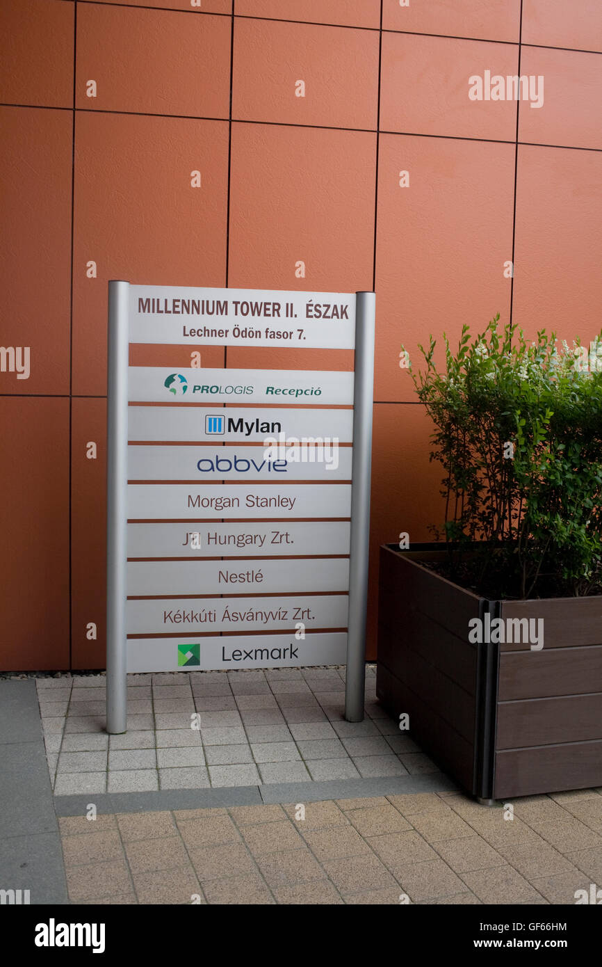 Entrance to Millennium Tower offices in district IX on Lechner Odon fasor - Stock Image