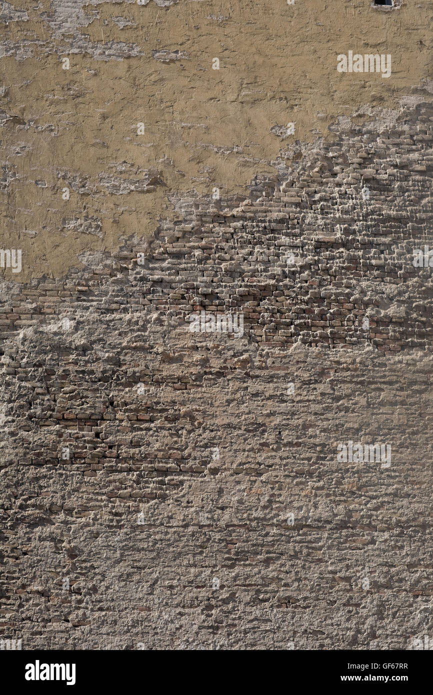 Texture on brick and mortar wall of building in District VIII - Stock Image