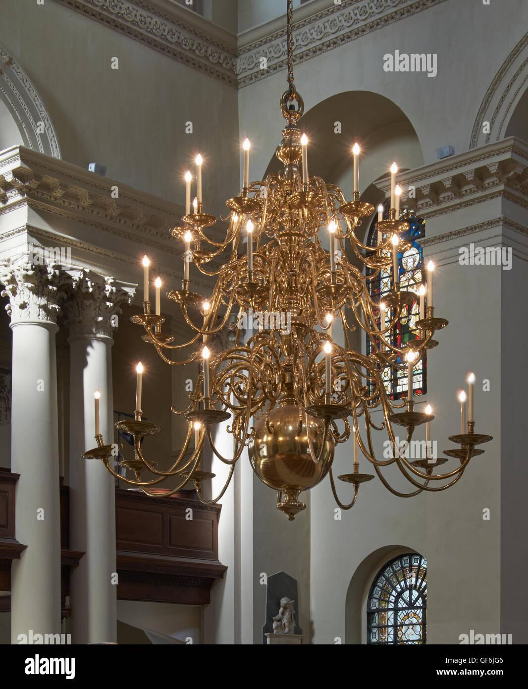 St George Bloomsbury chandelier - Stock Image