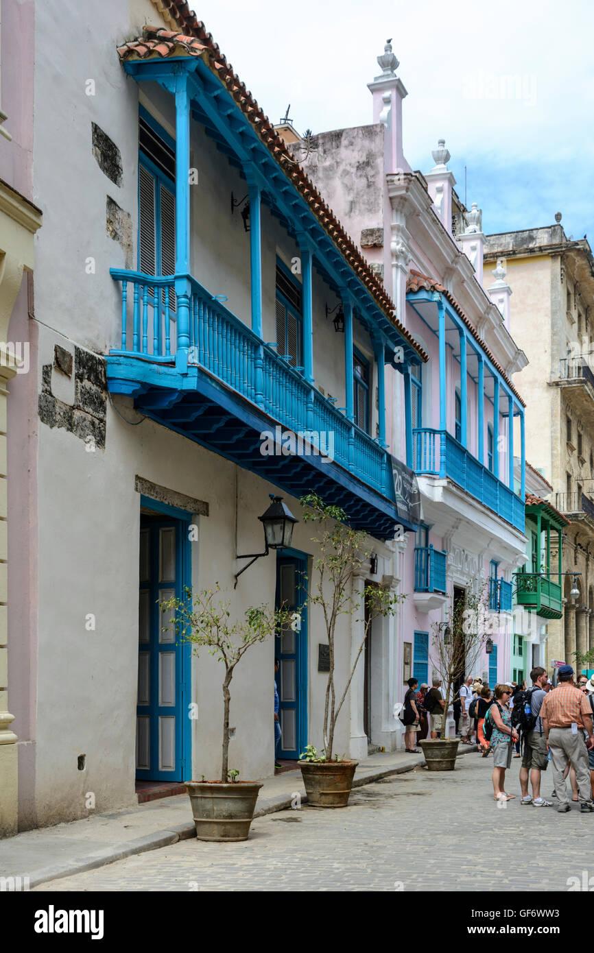 Street scene in Old Havana (La Habana Vieja), Cuba - Stock Image