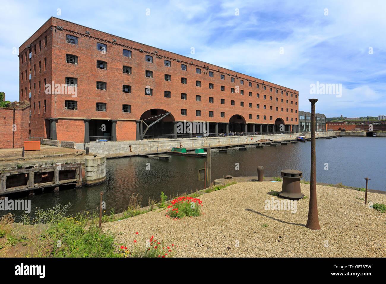 Titanic Hotel former Rum Warehouse, Stanley Dock, Liverpool, Merseyside, England, UK. Stock Photo