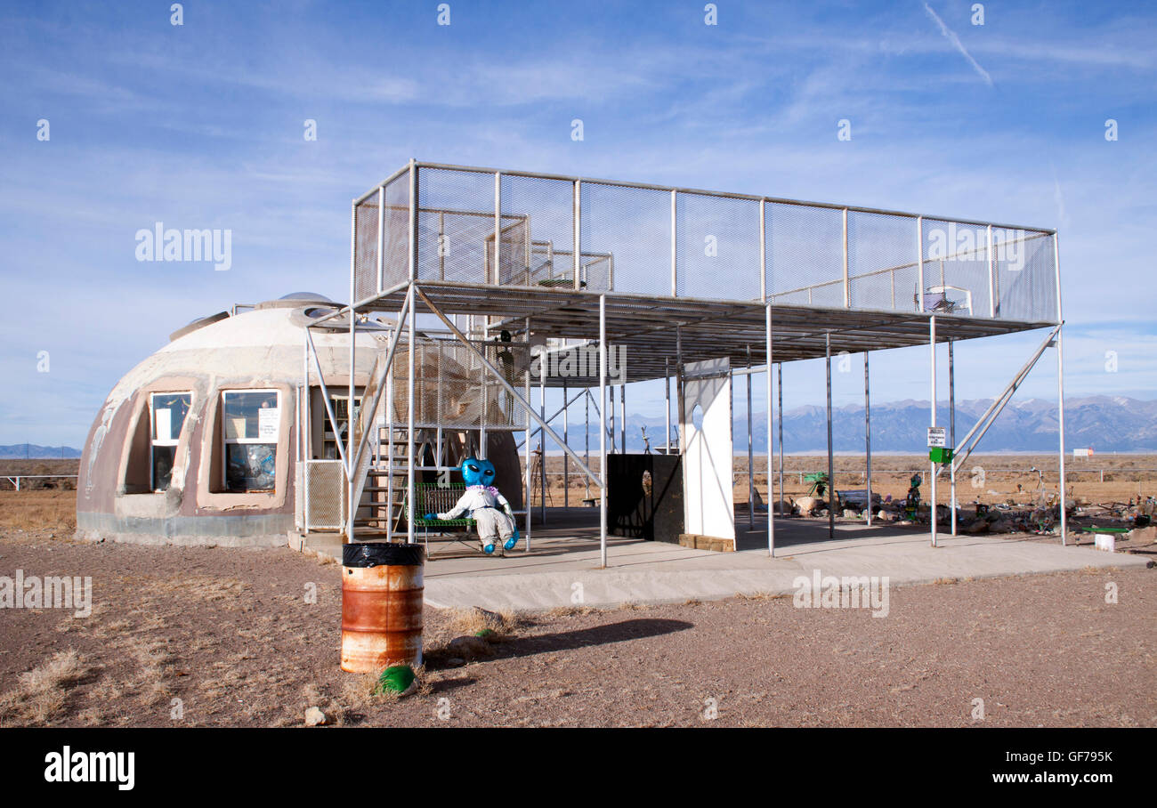 UFO watch tower in Hooper Colorado - Stock Image
