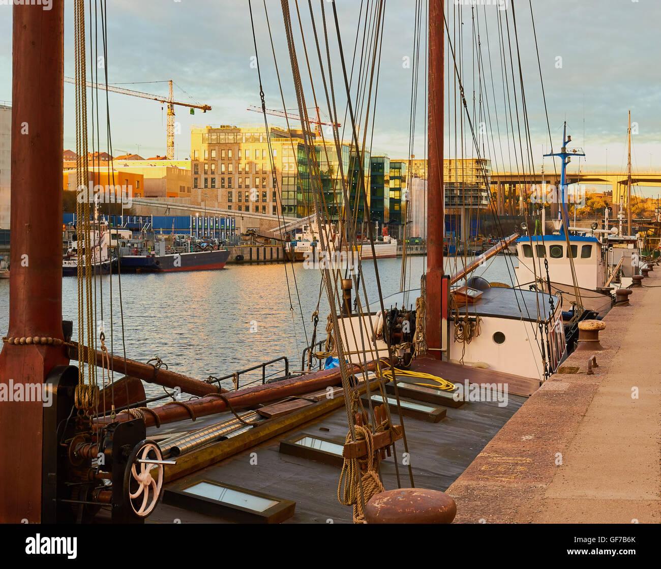 Boats moored at Hammarby Sjostad an eco neighbourhood, Stockholm, Sweden, Scandinavia - Stock Image
