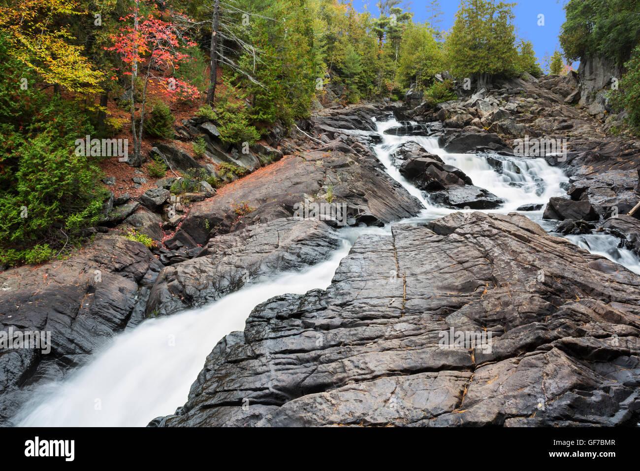 North America, Canada, Ontario, Ragged Falls Provincial Park, Ragged Falls, Oxtongue River - Stock Image