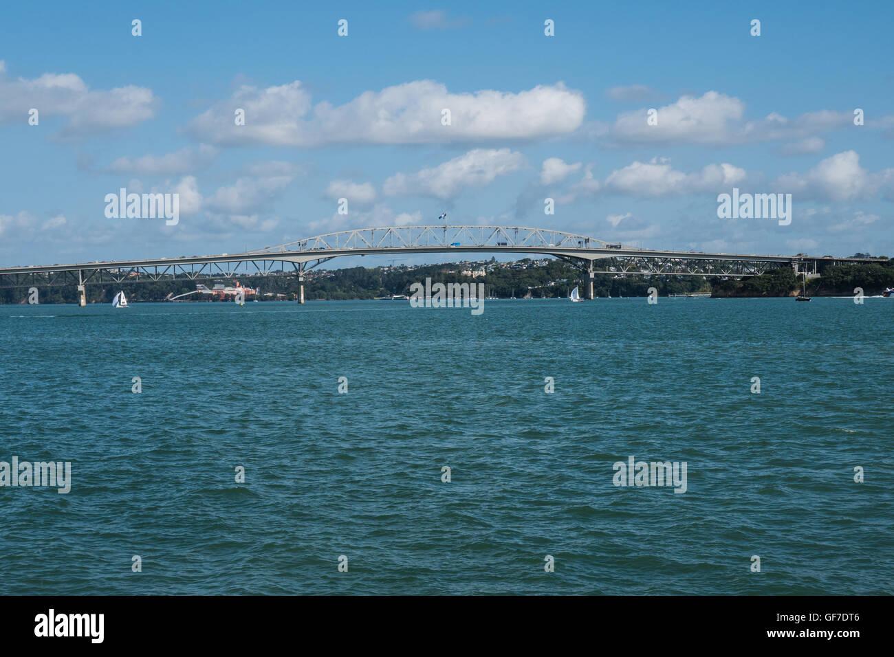 Auckland Harbour Bridge, North Island New Zealand. - Stock Image