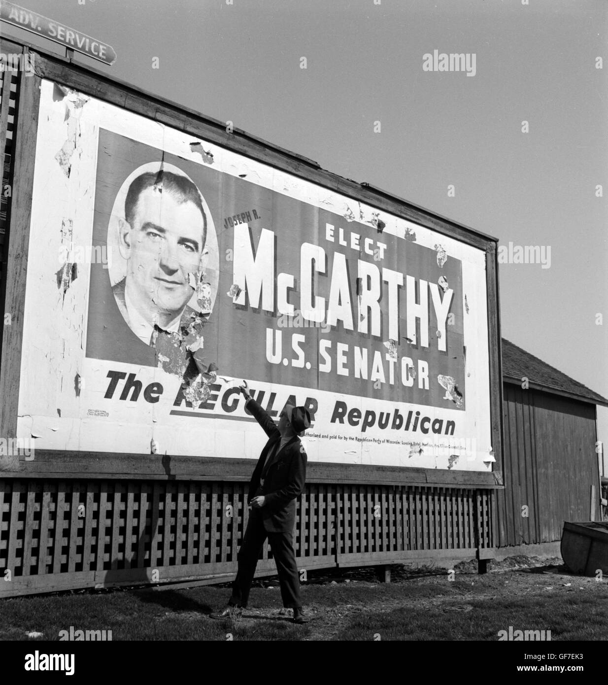 Billboard in Wisconsin for Senator Joe McCarthy, 1948 - Stock Image