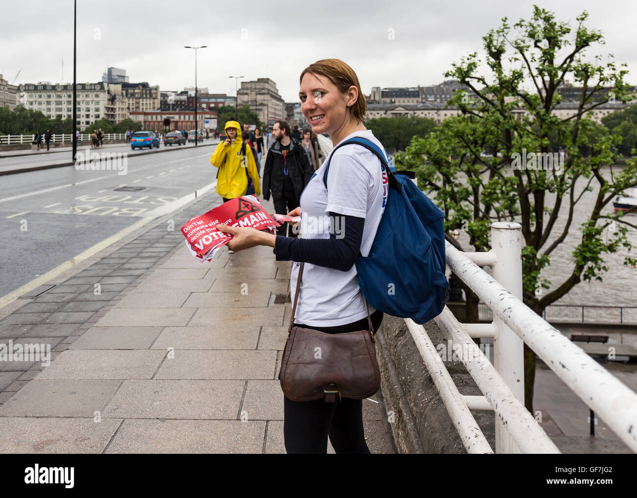 London, England - June 2016. A woman handing out Pro-Remain brochures to pedestrians. - Stock Image