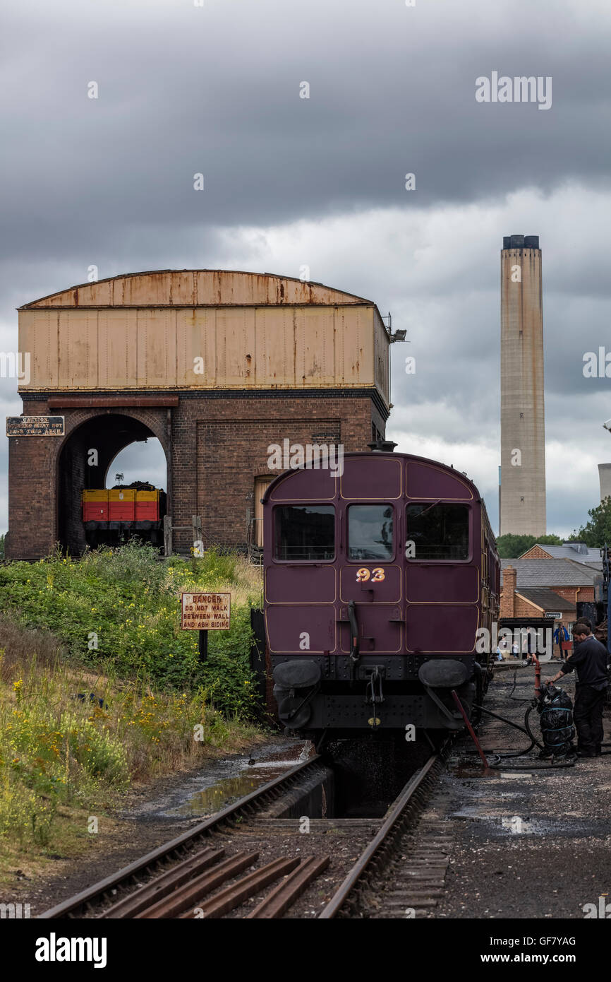 Vintage Train Carriage In Front Of The Building Used To Load Coal Onto Steam Trains At Didcot Railway Centre Oxfordshire