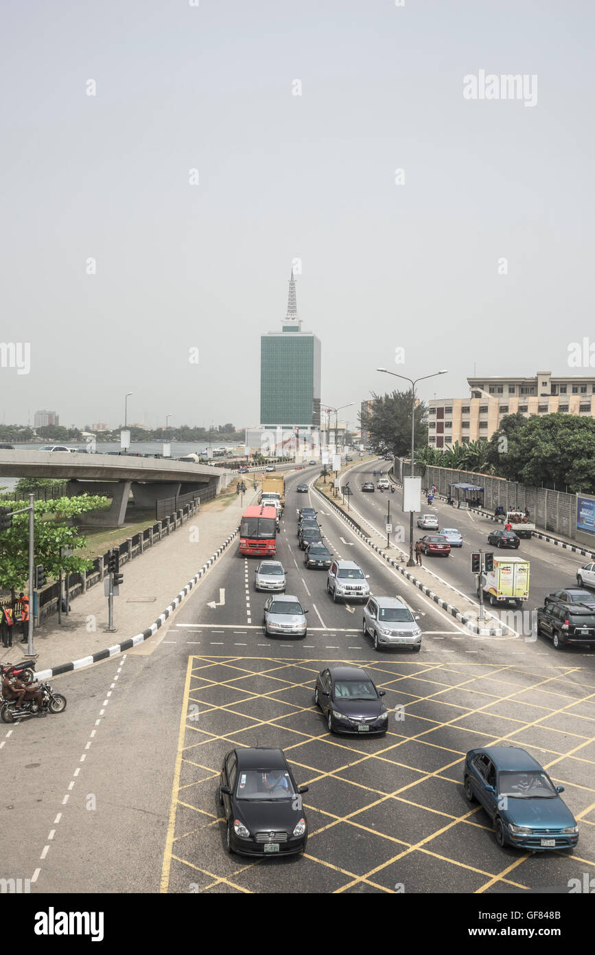 Traffic and street in Victoria Island, Lagos, Nigeria, West Africa - Stock Image