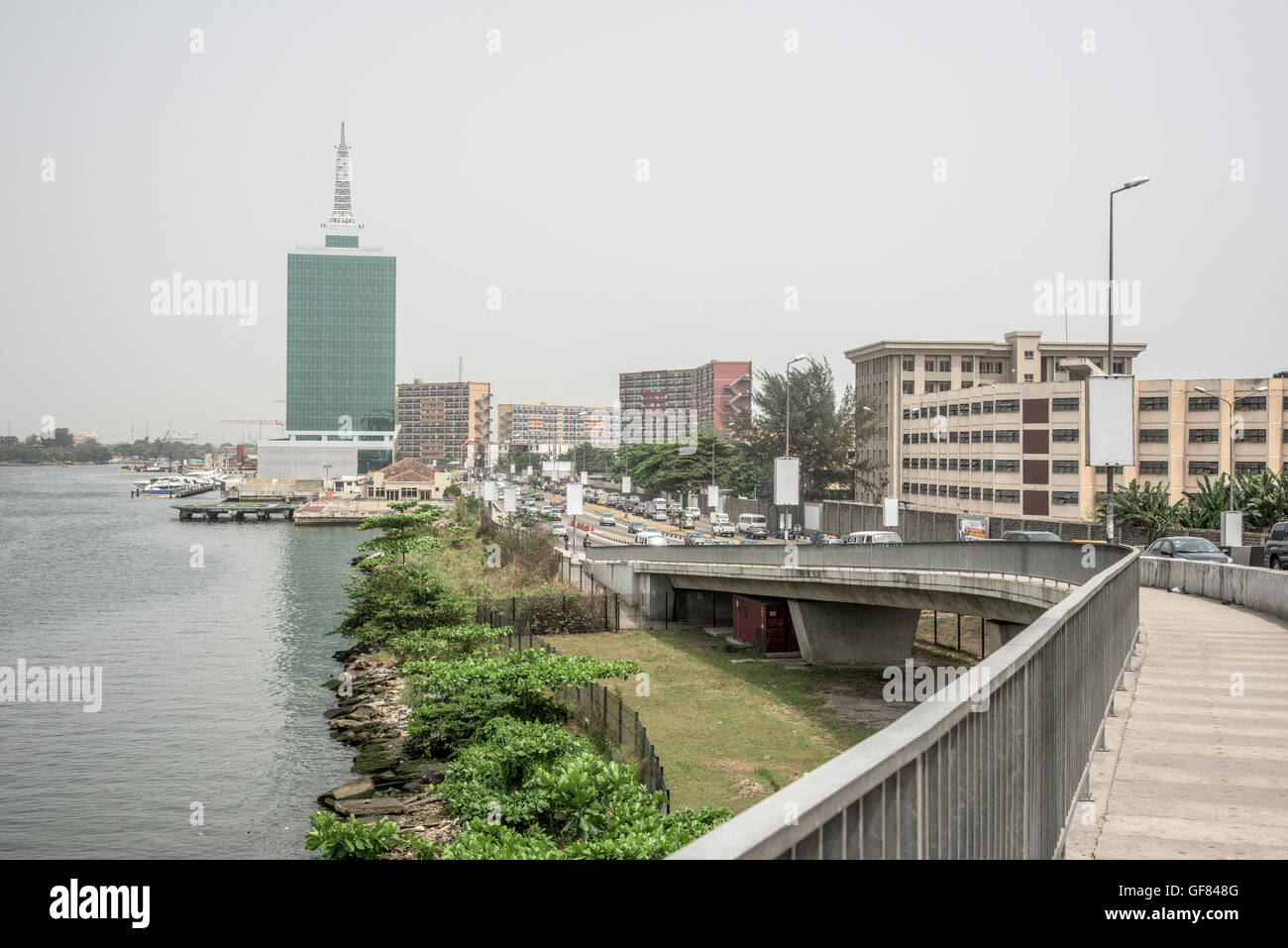 Victoria Island and lagoon from Falomo Bridge, Lagos, Nigeria - Stock Image