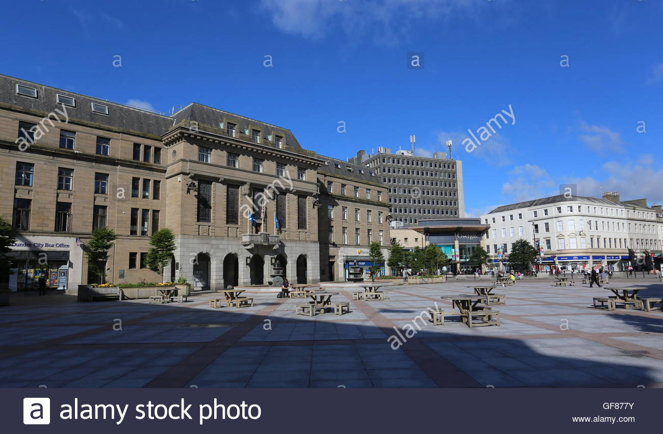 The Chambers of Commerce, City Square Dundee Scotland  July 2016 - Stock Image