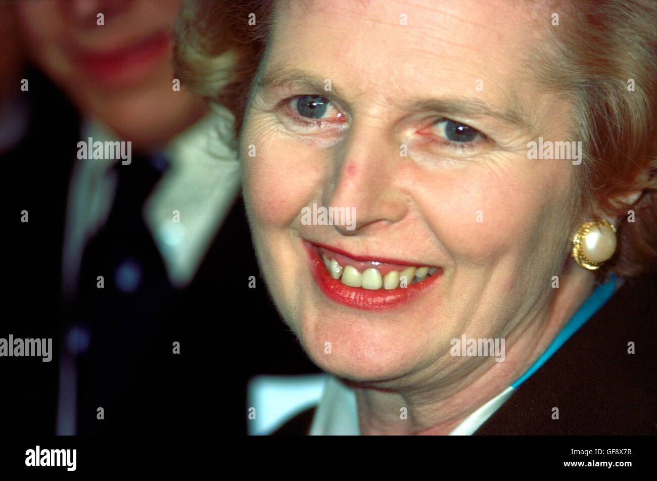 AJAXNETPHOTO. 11TH FEB, 1977. PORTSMOUTH, ENGLAND. LEADER OF THE OPPOSITION MP MARGARET THATCHER ON A TOUR OF HMS - Stock Image