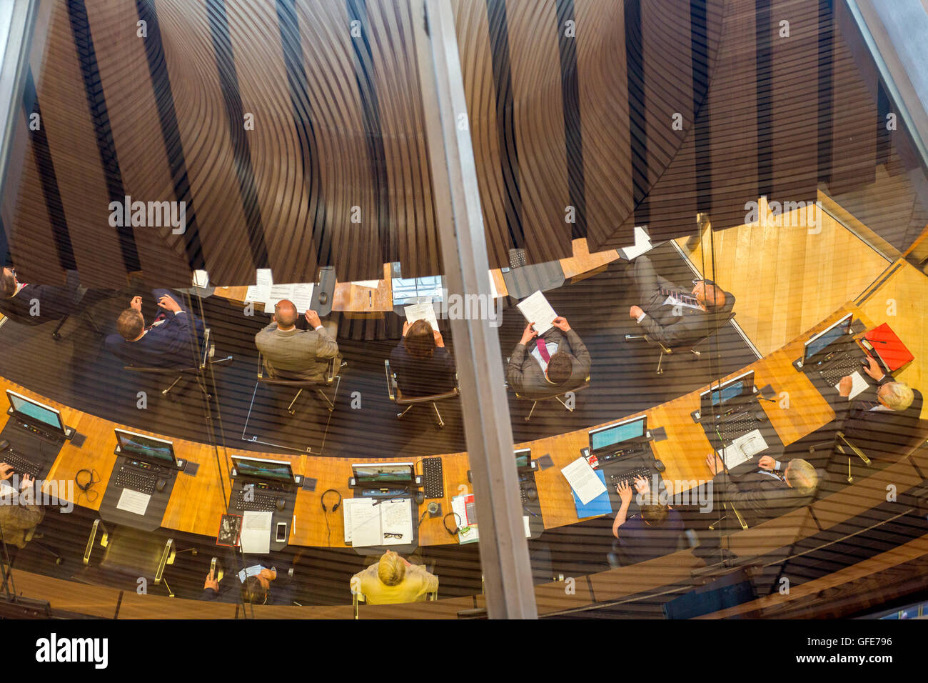 Welsh Assembly members in the chamber of the Senedd building Cardiff, South Glamorgan, Wales, UK - Stock Image