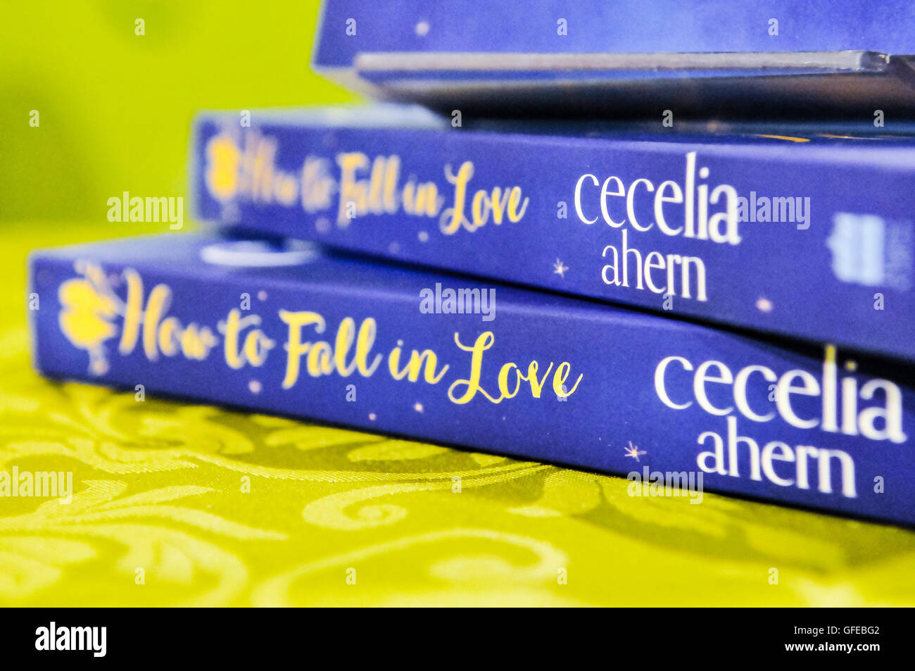"""Belfast, Northern Ireland, UK. 16th Nov 2013 - Irish author Cecelia Ahern signs copies of her new book """"How To Fall Stock Photo"""