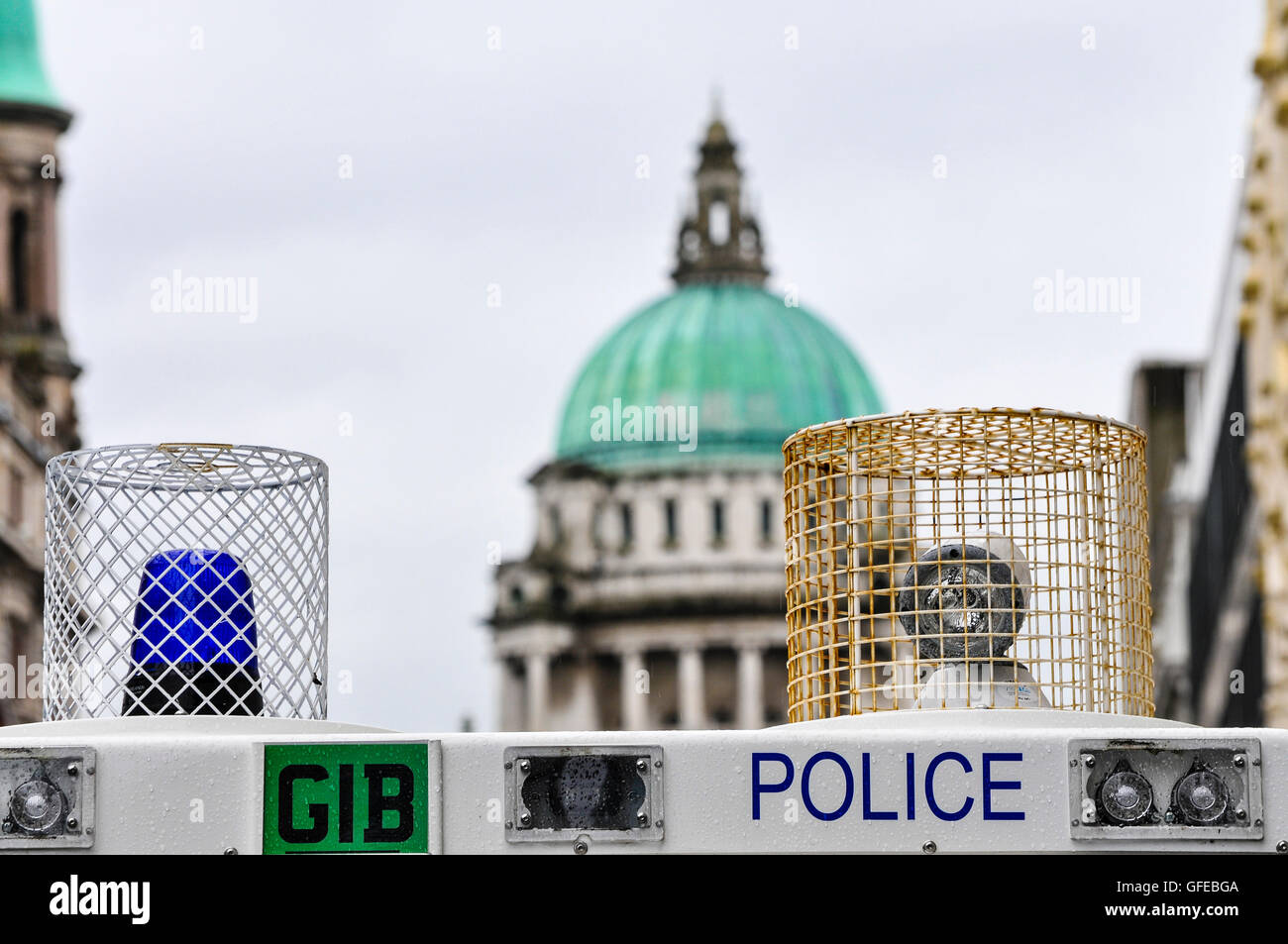 Belfast, Northern Ireland. 10 Aug 2014 - Police use armoured Landrovers to close off tbe main street in Belfast - Stock Image