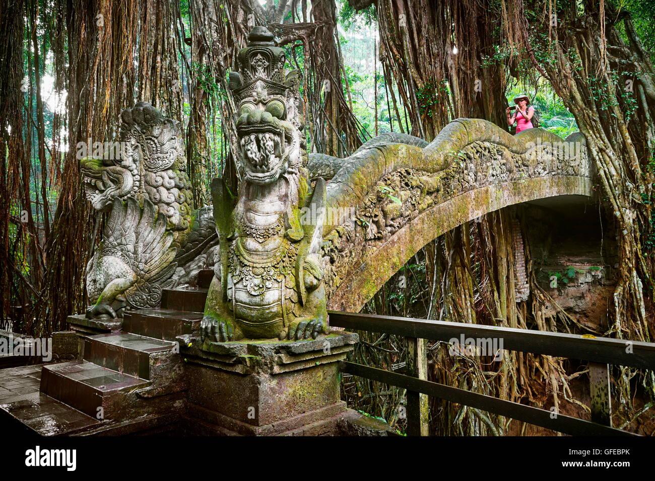 Dragon Bridge in the Sacred Monkey Sanctuary, Bali, Indonesia - Stock Image