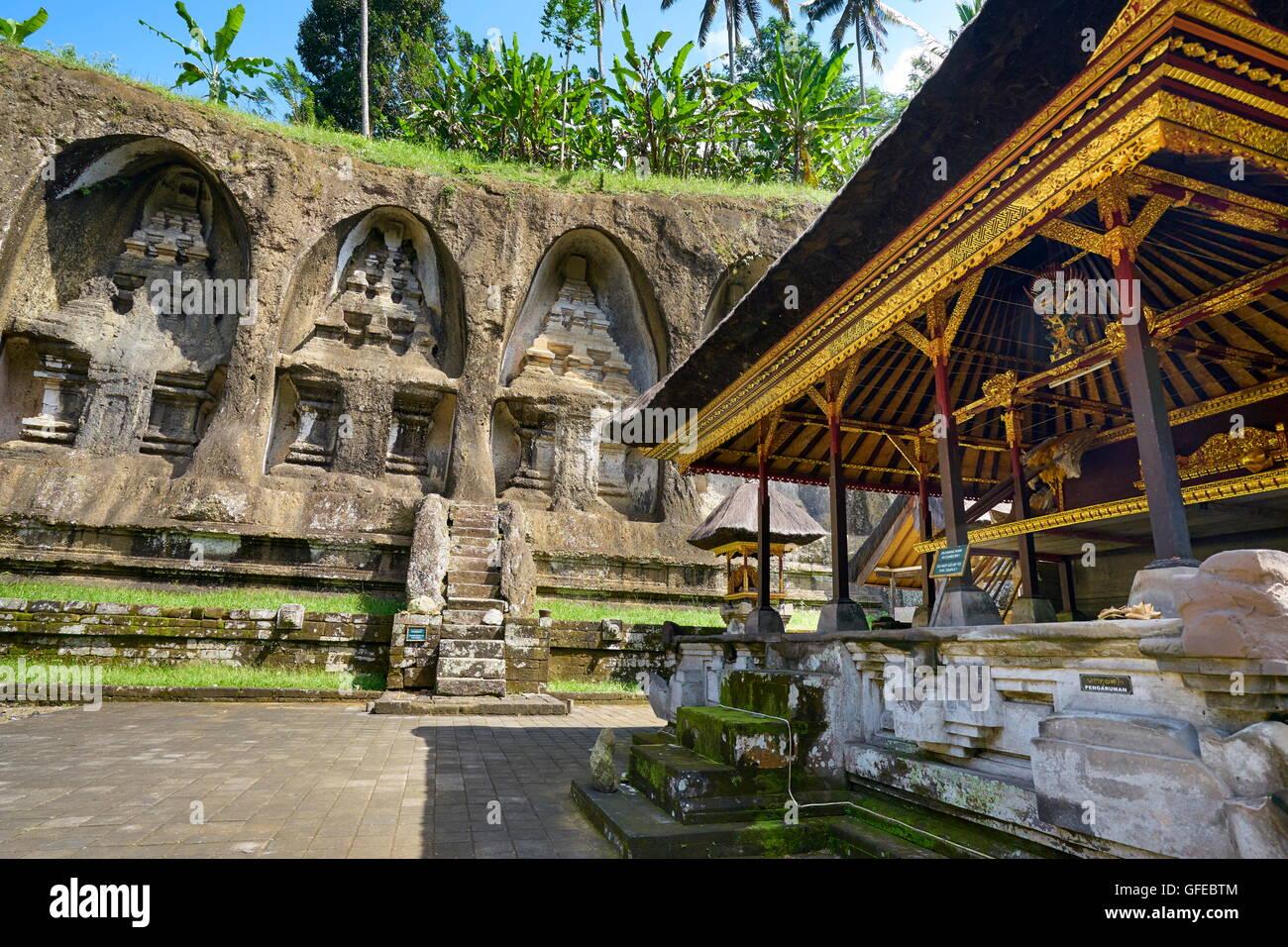 Ancient royal tombs at Gunung Kawi Temple, Bali, Indonesia - Stock Image