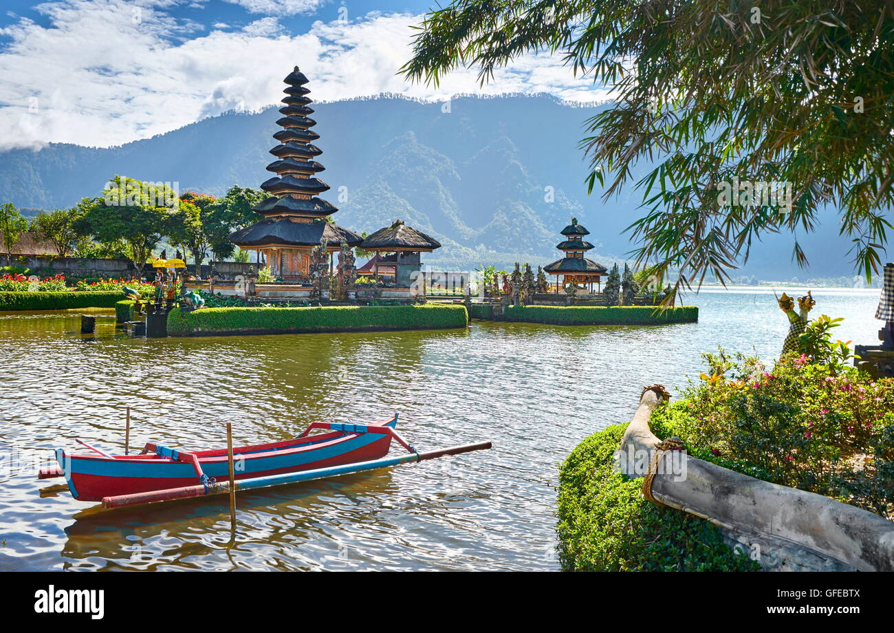 Pura Ulun Danu Temple on the Bratan Lake, Bali, Indonesia - Stock Image