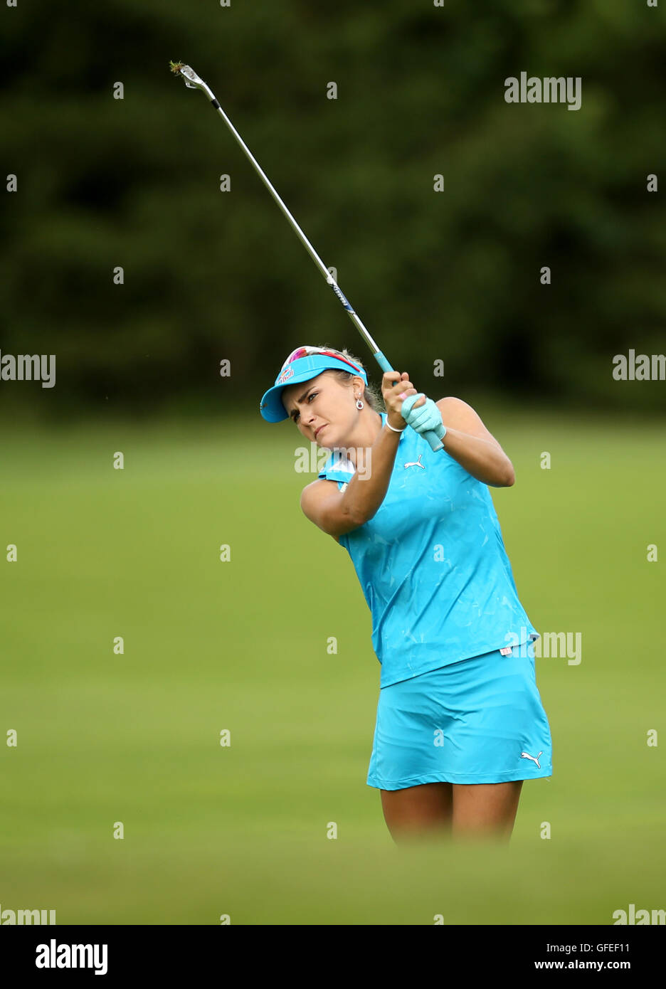 USA's Lexi Thompson plays off the fairway during day four of the Ricoh Women's British Open at Woburn Golf - Stock Image