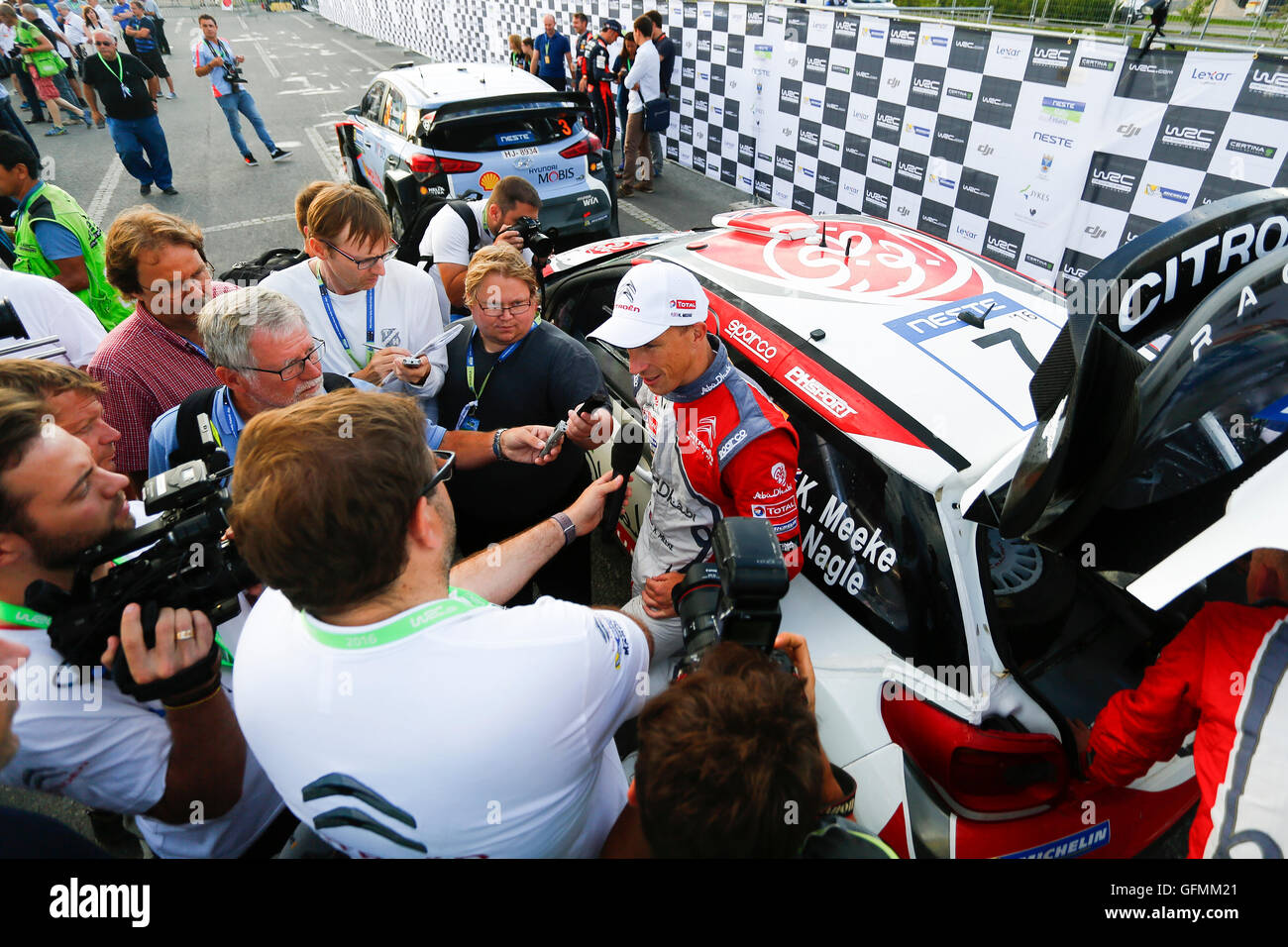 Finland. 31st July, 2016. WRC Rally of Finland, final day. Northern Ireland's Kris Meeke and Paul Nagle (GB) - Stock Image