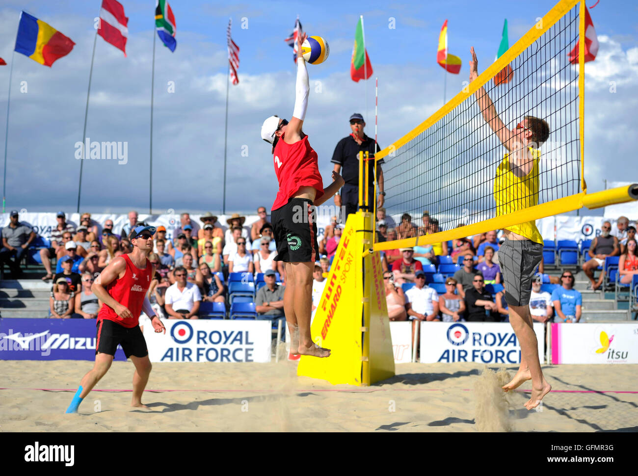 info pour 79cd7 f164c Phil Cook Stock Photos & Phil Cook Stock Images - Alamy