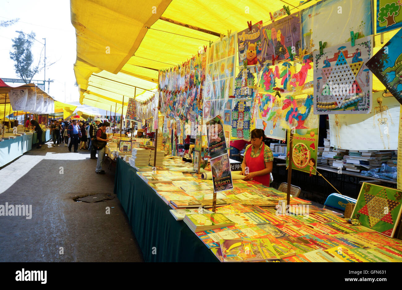 Booksellers in the Lagunilla Market in Mexico City, Mexico - Stock Image