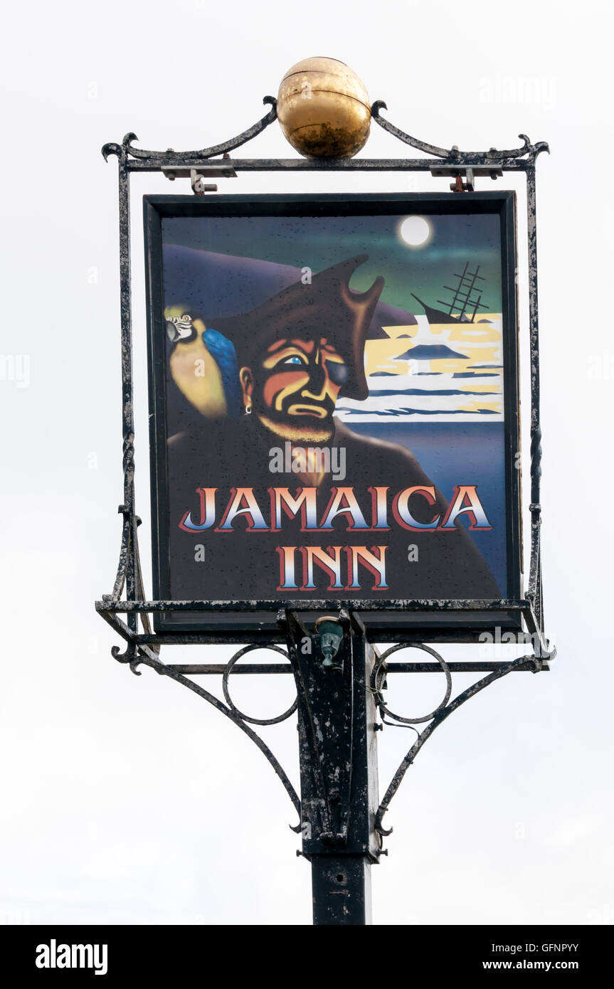 The sign for Jamaica Inn on Bodmin Moor. The inn was the setting for the novel of the same name by Daphne du Maurier. - Stock Image