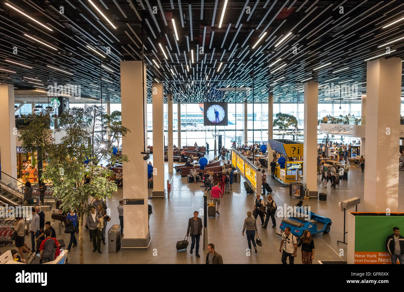 Departure Lounge 2 at Schiphol Amsterdam Airport - Stock Image