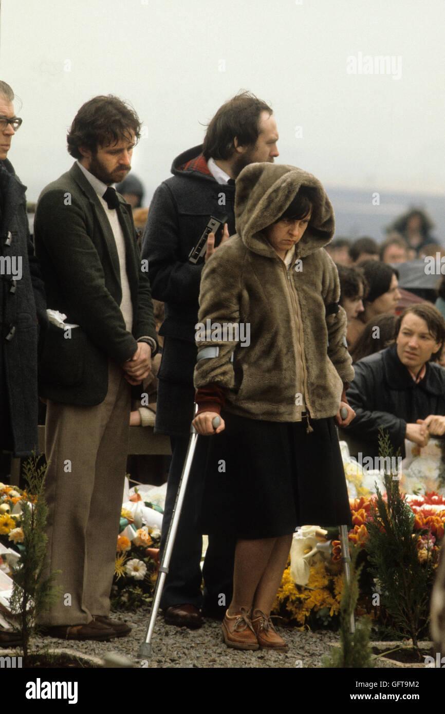 Bernadette Devlin McAliskey, Northern Ireland at Francis Hughes funeral 1981 Uk 1980s The Troubles 80s UK HOMER - Stock Image