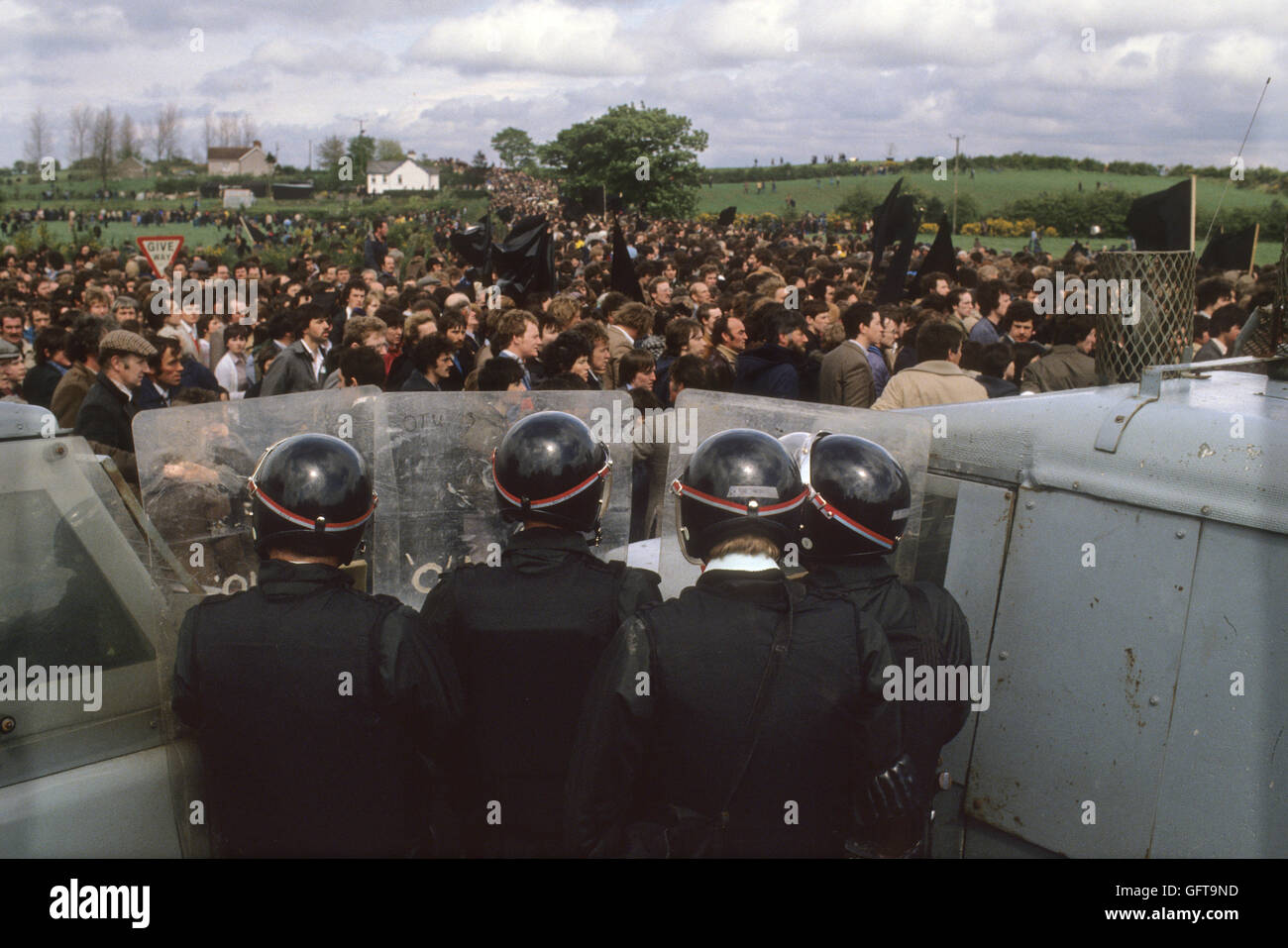 RUC at Hunger striker Francis Hughes funeral 1981 Bellaghy, in County Londonderry, Northern Ireland . HOMER SYKES - Stock Image
