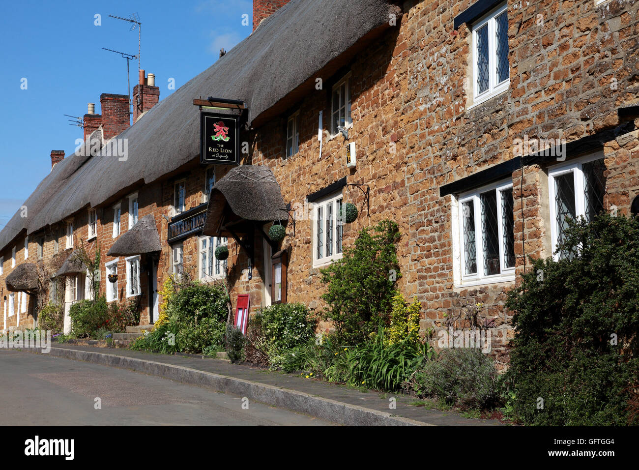 The Red Lion inn at Cropredy, Oxfordshire - Stock Image