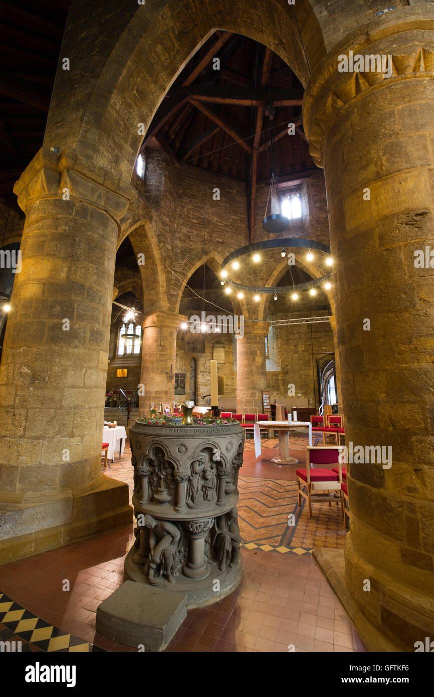 UK, England, Northamptonshire, Northampton, Church of Holy Sepulchre, font beside original circular nave - Stock Image